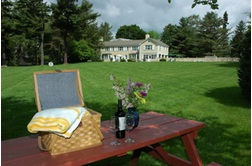 1800 Devonfield Inn, an English Country Estate - Lee, Massachusetts
