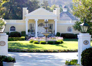 Chateau La Rue, Fallbrook, CA. Tori Spelling and Dean McDermott B&B