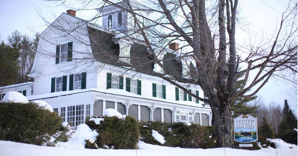 Center-Lovell-Inn-Exterior