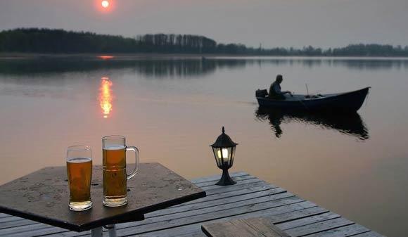 RAR_WOS_Fishing-Beer_Ftd