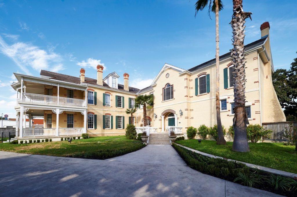 olivia-mansion