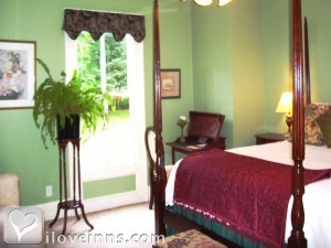 east-marion-bed-and-breakfast-arborviewhouse.jpg